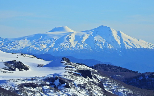 andes chile chilecentral regióndelaaraucanía regióndelosríos parquenacional parquenacionalvillarrica volcánchoshuenco volcánmocho randonné ski skitour esquí