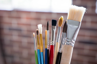 Different sizes of paint brushes | by wuestenigel