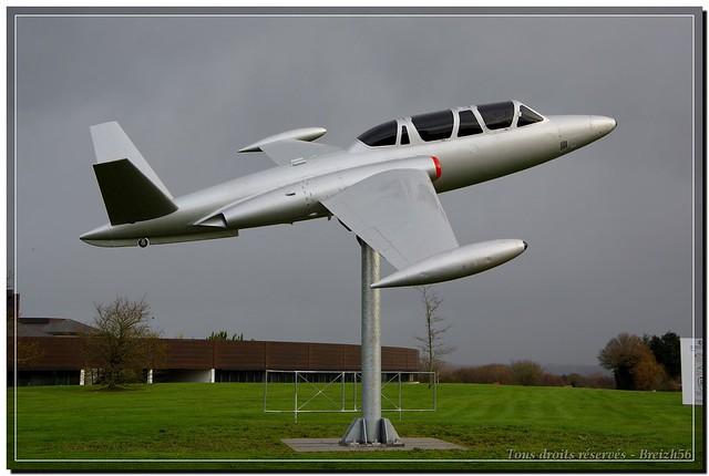 Fouga Magister de Morlaix (2)
