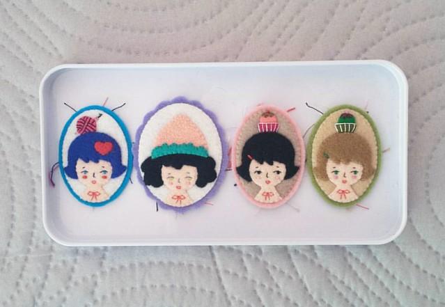 I've been sewing 👧 all day long 💪 #feltbrooch #miniatureportrait #handcrafted #etsy #etsylove #etsyartist #handembroidery #handmadelove #feltgirl #creativelife #creativeminds #handmadewithlove #hanaletters