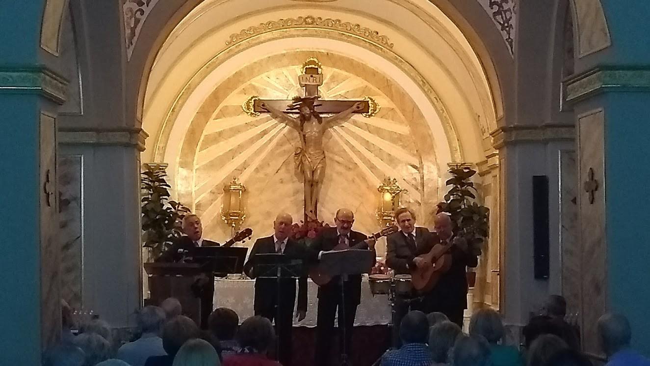 (2017-10-20) Actuación Grupo Momento (José Vicente Romero) (14)