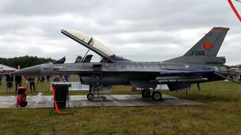 F-16BM MLU 6