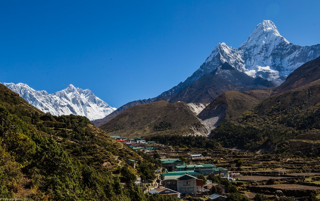 EBC_from Deboche to Dingboche 12_Ama Dablam