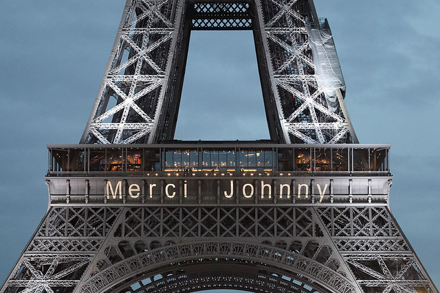 Hommage populaire a Johnny Hallyday