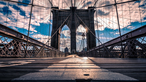 The Brooklyn bridge - New York - Travel photography | by Giuseppe Milo (www.pixael.com)