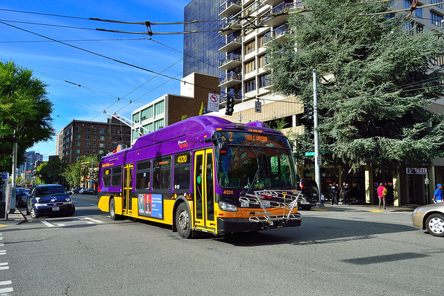 """King County Metro 2015 New Flyer XT40 """"Xcelsior"""" Electric Trolleybus 4320"""