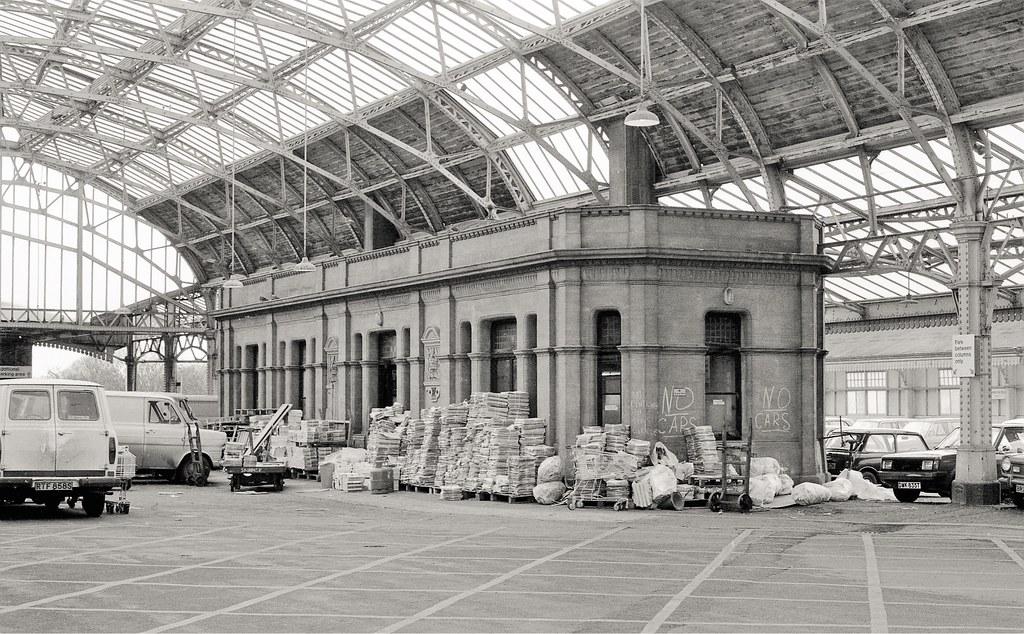 26793212809 5fec6a12cb b - Tinpot Railways: Terminal decline #3
