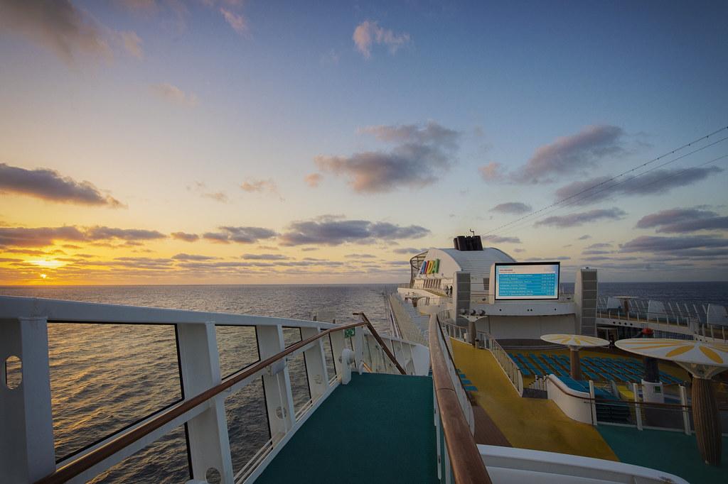 mit dem Schiff im Atlantik unterwegs