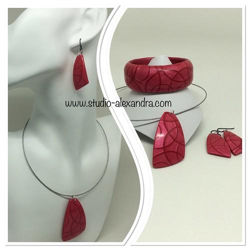 Red jewelry set - mica shift | by saashka
