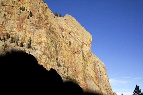 redgardenwall eldoradocanyonstatepark boulder colorado rock cliff rockclimber climbing recreation idiocy
