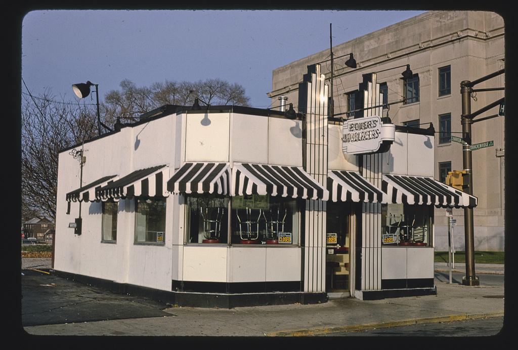 Powers Hamburgers (1933), diagonal view, Harrison Street, Fort Wayne, Indiana (LOC)