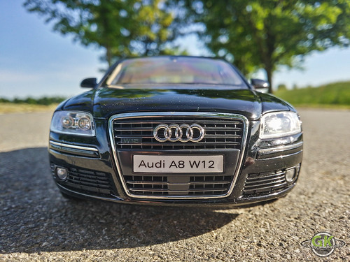 Audi A8 W12 6.0 1:18 Kyosho | by GK Modelcar Universe