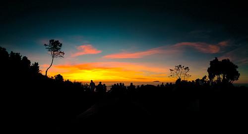 sunrise merbabu gunung nature nokia lumia730 sky boyolali jawatengah mountain tree dusk silhouette