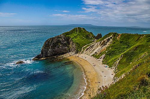 paradise shore blue green sky water grass pentax