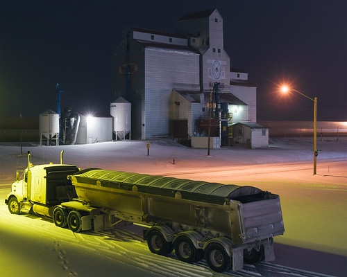 watrous saskatchewan canada ontheroad cold november 2017 fall autumn snow grainelevator semi rural night longexposure light mixedlight railroad canadiannational afterhours travel tendencytowander landscape prairie sociallandscape industrial agriculture