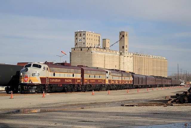 Canadian Pacific CP 1401 (EMD FP9) CP 1900 (FPB) CP 4107 (FP9) CP 4106 (FP9) Kansas City, Missouri
