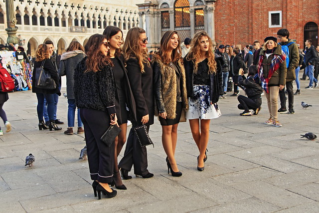 Girls' evening in Venice