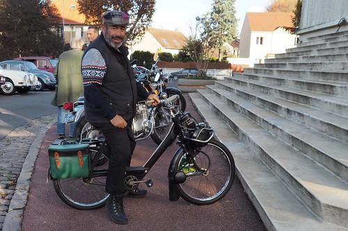 A 130 sur un Vélo Solex Gump 24780900868_e2a853e362