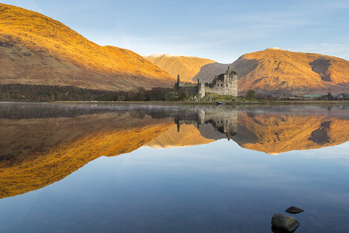 castle scotland loch highlands sony a6000 kilchurn sunrise autumn winter colour sky reflections
