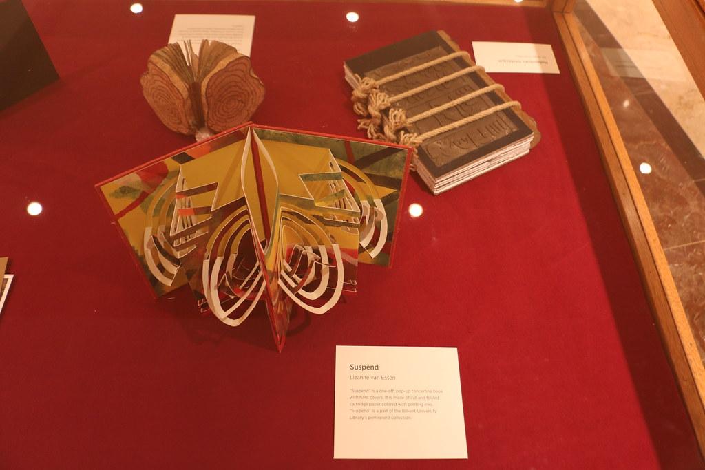 "Exhibition ""Ars Libris: Artists' Books as Ergodic Texts"" | Flickr"