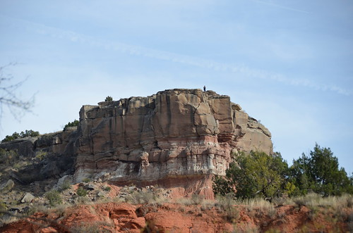 Palo Duro cliff with someone on top | by Pierre Yeremian