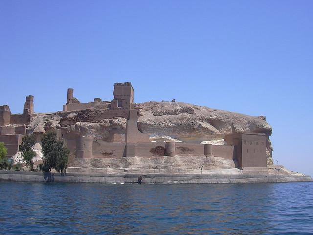 Arab. Burg Qal'at Ja'bar am Assad Stausee aus Lehmziegeln, 12 Jhdt.