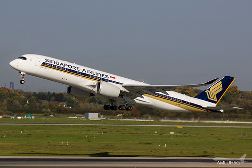 Singapore Airlines - A359 - 9V-SML (1) | by amluhfivegolf