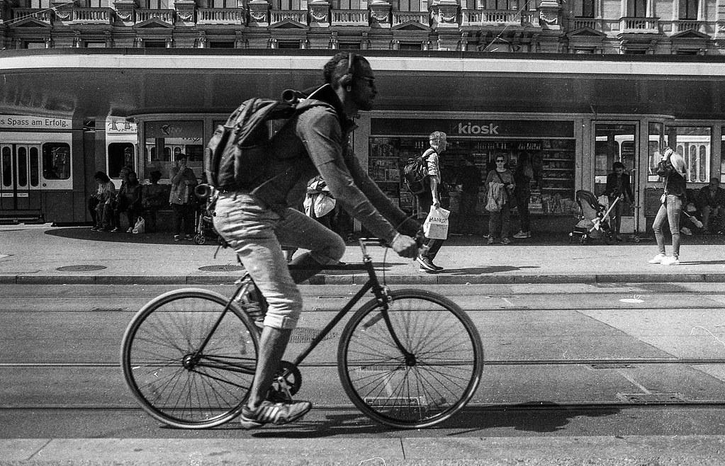 Bicycle   Zürich, Minolta x700   Nicola Gilg   Flickr