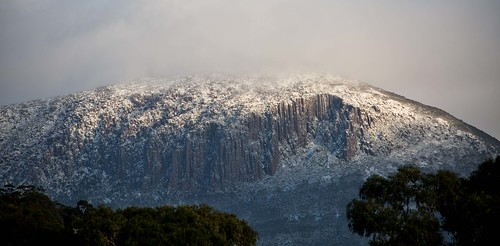 winter mountain snow tasmania snowing hobart mtwellington