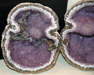 Amethyst-calcite in geode (Chihuahua, Mexico) 1