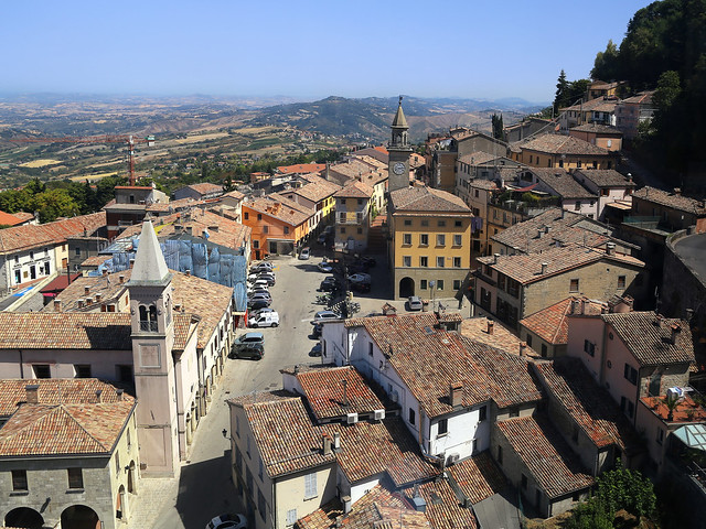 Piazza di Sopra viewed from the San Marino cable car