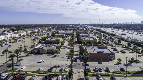 dji houston memorialvillages phantompro4 texas usa aerial commerial image photo photograph retail shoppingcenter f63 mabrycampbell november 2017 november102017 20171110campbelldji0014 88mm ¹⁄₆₄₀sec 100 24mm