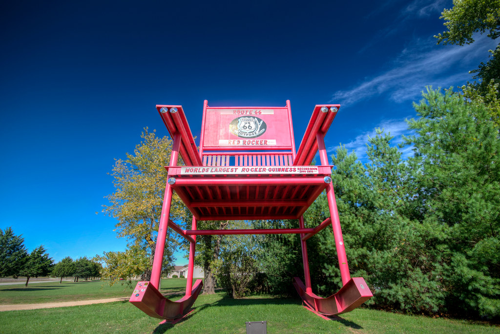 Enjoyable Worlds Largest Rocking Chair On Route 66 Cuba Missouri Alphanode Cool Chair Designs And Ideas Alphanodeonline