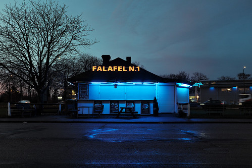 sweden dawn sunrise fujifilm fuji x100t fujifilmx100t malmö urban restaurant fastfood falafel diner hamburger