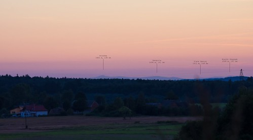 Karkonosze z Twardogóry 149 km   by Roman Szuster