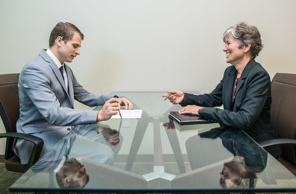 「interview」的圖片搜尋結果