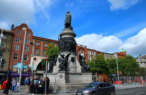 cruise2017norwayicelandireland europe ireland dublin cityview outdoor blueskies art sculpture monument streetview theoconnellmonument