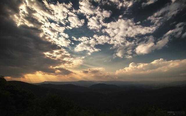 Blue Ridge Mountains Sunset - Shenandoah National Park (Virginia)