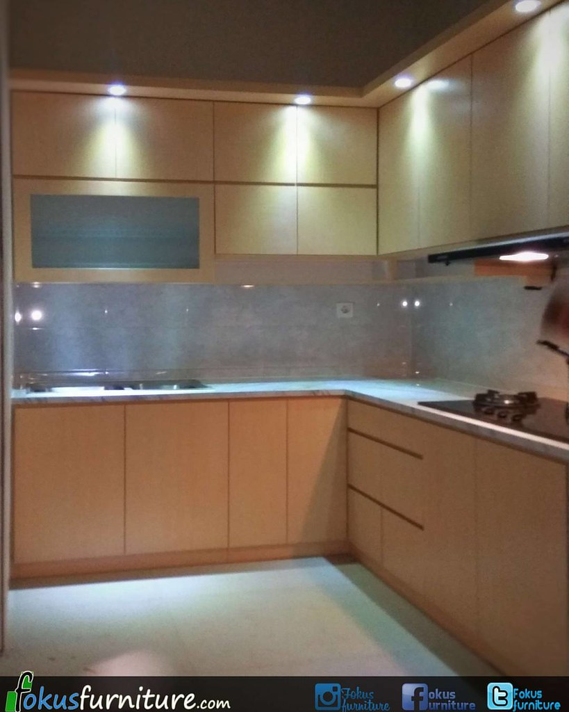Furnitureminimalis fokusfurniture kitchen set letter l top table hpl trimezia gading serpong furnitureminimalis fokusfurniture