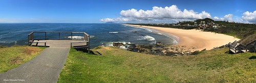 view lighthousebeach tackingpointlighthouse tackingpoint portmacquarie nsw australianbeaches midnorthcoast beach northbrothermountain panorama appleiphone7plus iphone7plus appleiphone7pluspanorama iphone7pluspanorama iphonepanorama water sky beachlandscapes landscape grass sea sign lookout iphonephotography shotoniphone