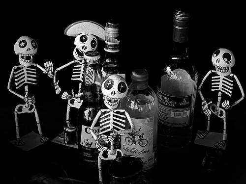 dayofthedead mexico antwerp festivities figures mono beer tequila mezcal neroametà skeleton skull death doden dead fiesta morts fête