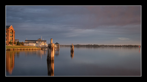 morning newbern sunrise neuseriver water fuji goodlight xt2 nc northcarolina unitedstates us