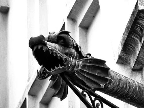 Dragon   by markb120
