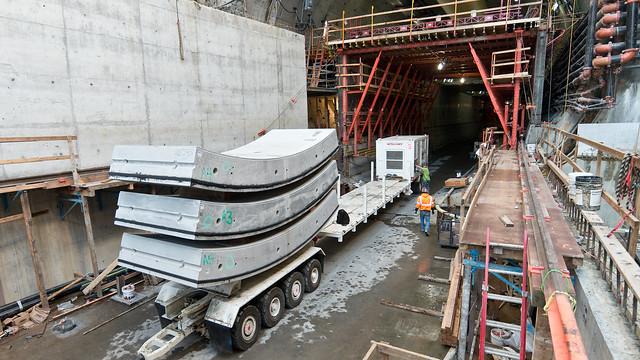 Delivering tunnel segments to Bertha