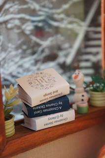Mini books for Christmas | by GreenEyes87)