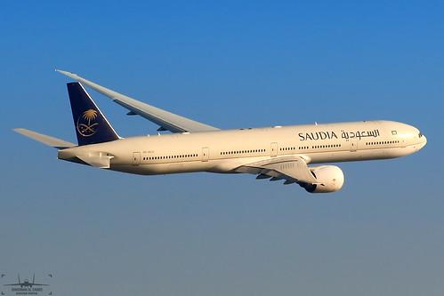 HZ-AK23 Saudi Arabian Airlines Boeing 777-368(ER). | by Samee55