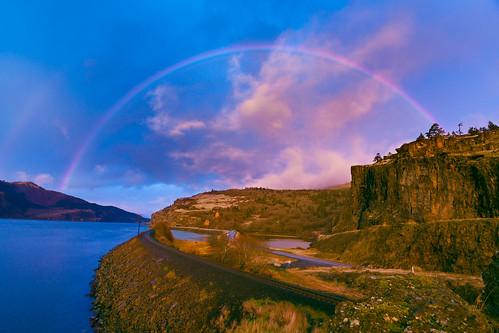 scenic columbiarivergorge rainbow sky washington clouds