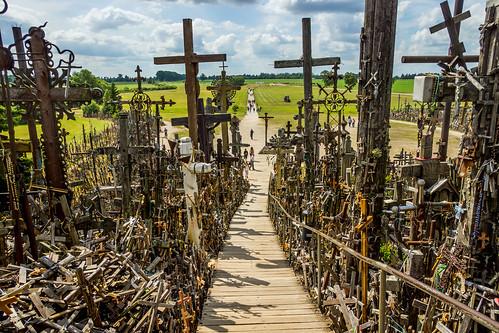 hillofcrosses catholic pilgrimage šiauliai lithuania russellscottimages