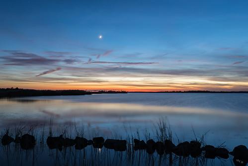photosbymch landscape sunset bay reflection water clouds goldenhour crescentmoon backbaynationalwildliferefuge virginiabeach virginia usa canon 5dmkiv 2017 outdoors