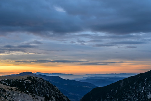 girona valldenúria ripollès catalunya pirineo pyrénées montaña mountain alpine alpino amanecer atardecer dusk dawn twilight nubes clouds españa spain cataluña nublado cloudy